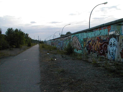 external image wall_guardpath-01.jpg